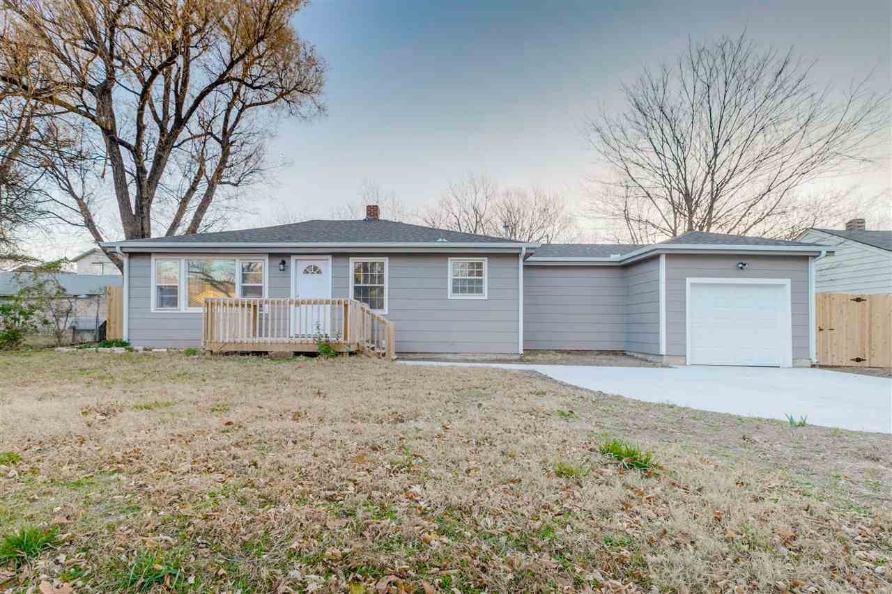 This adorable 2 bedroom ,1 bathroom home has been fully remodeled with care. It features an open con