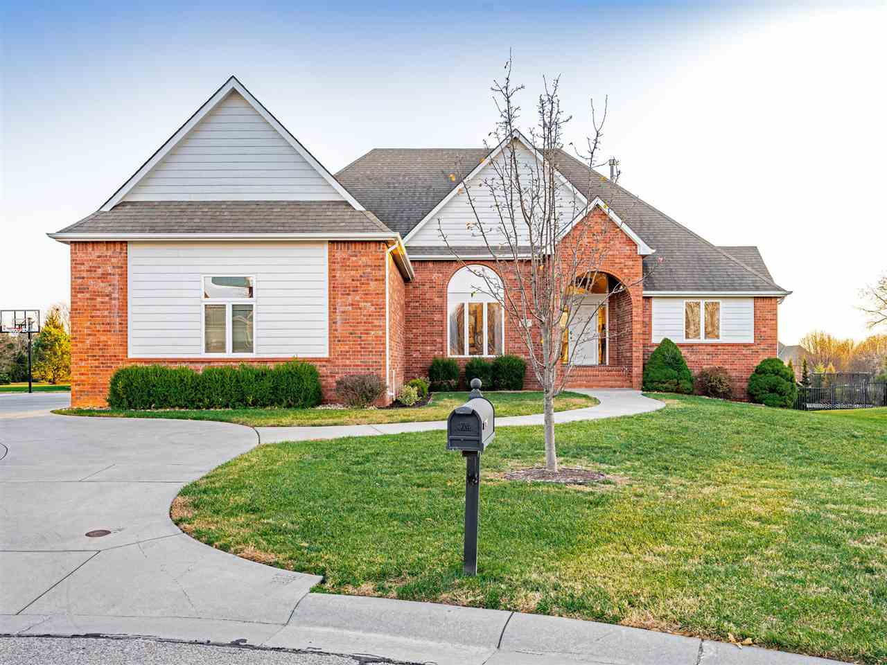 Beautiful 5 bedroom, 3.5 bathroom home in the Andover Central school district! You will love the ope