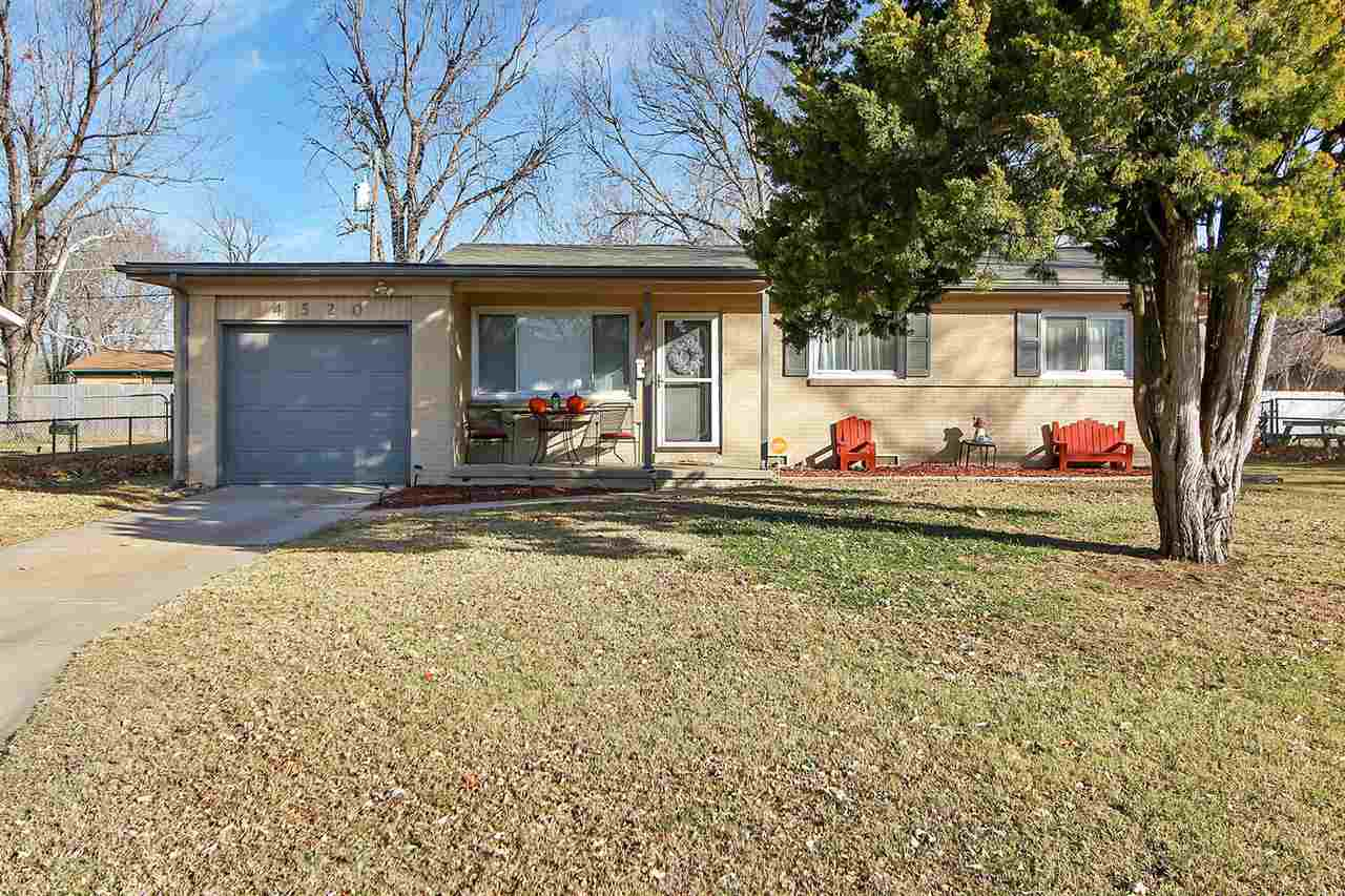 This 3 Bedroom 1 bath ranch home is nestled in a quiet neighborhood. Gorgeous Hardwood floors. Spaci