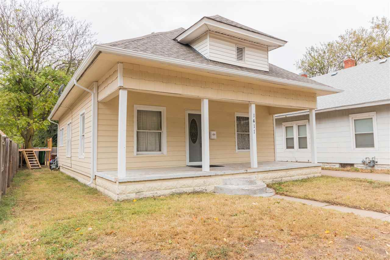 Check out this updated 2 bedroom, 1 bath bungalow close to North High friendly neighborhood! You'll
