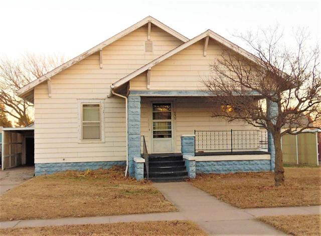 For Sale: 330 N Douglas St, Kingman KS