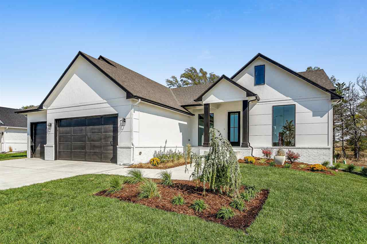 For Sale: 4504 N Sunny Cir, Wichita, KS 67205,