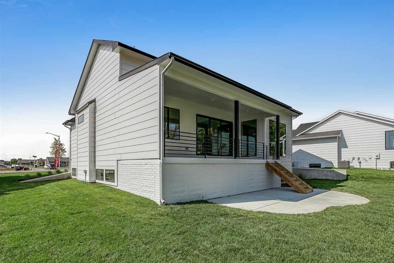 For Sale: 4504 Sunny Cir, Wichita, KS, 67205,