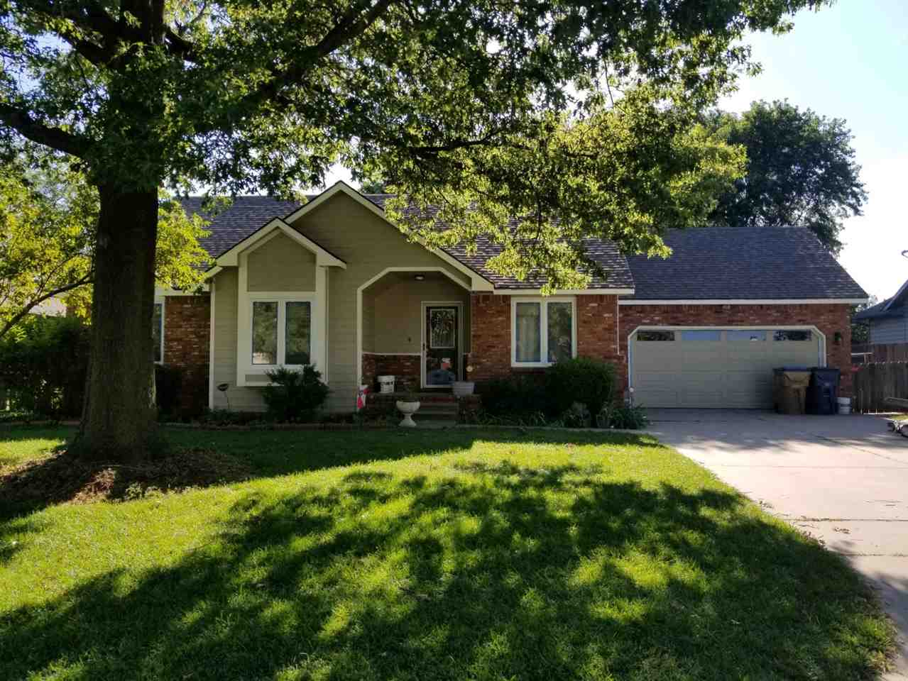 Freshly painted 4bed/3bath home has wood floors up and brand new carpet thru entire basement. Update