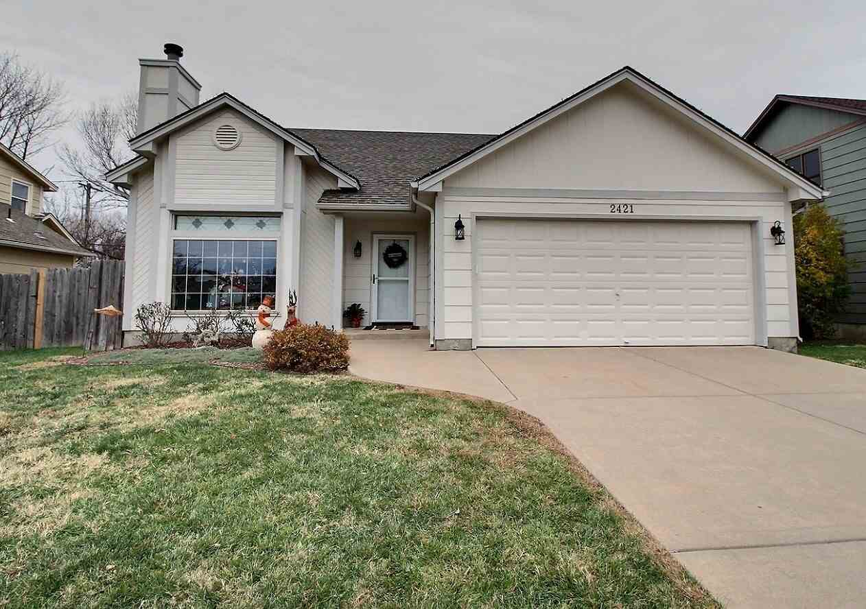 Move in ready, this 4 bed/3 bath home is located in the desirable Derby school district.  Perennials