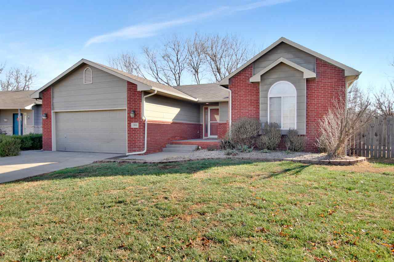 Beautiful 4 bedroom 3 bath home located in NW Wichita in the desirable Maize School District!  Close