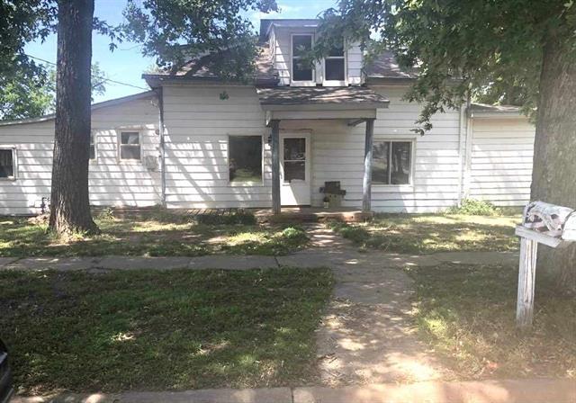 For Sale: 1222  Oak St, Harper KS