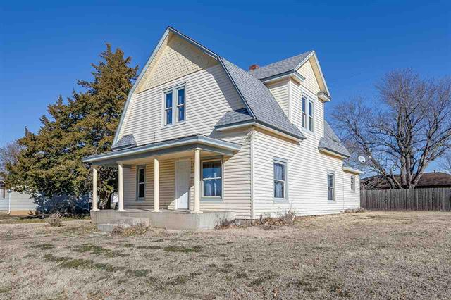 For Sale: 1200 N Main St, Kingman KS