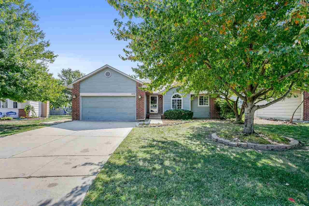 Move in ready home in WICHITA or MAIZE SCHOOL districts.  Marvelous 5 bedroom, 3 bath ranch with vau