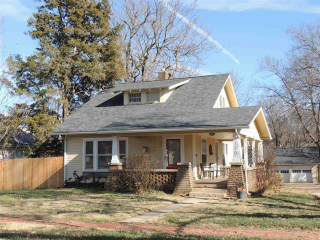 For Sale: 1110 N State St, Augusta KS