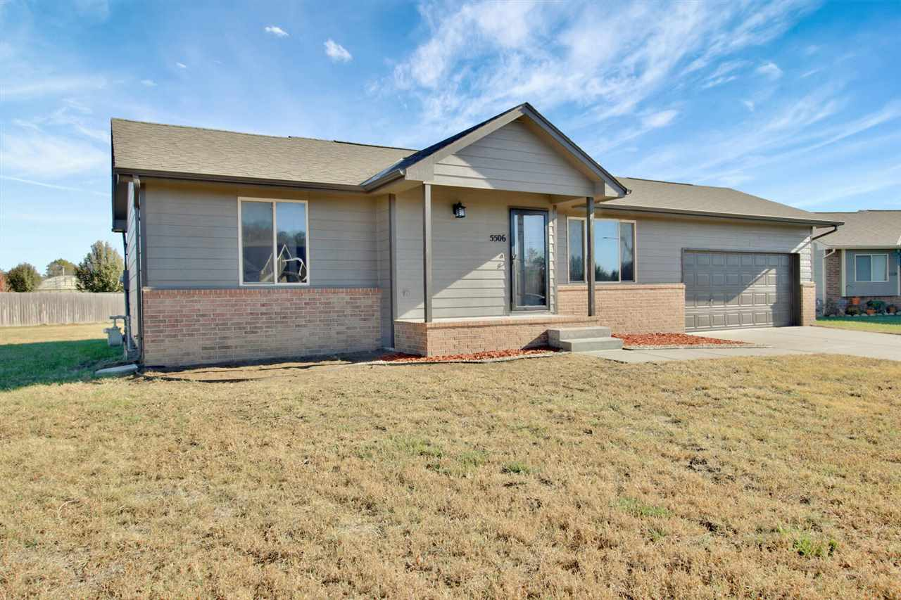 Very nice 3 bed and 2 bath home in Rivendale Addition.  This is a great floor plan and has just been