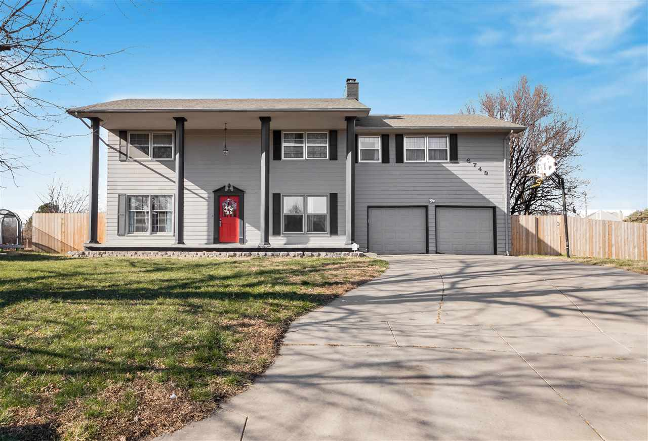 Come see this home in popular northeast Wichita close to shopping, dining and entertainment with eas