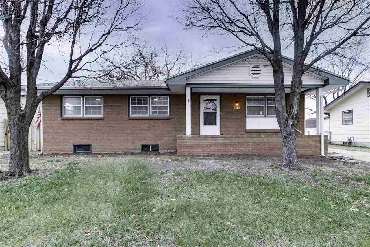 Cozy home with hard wood flooring, vinyl for easy maintenance and newer carpet throughout. This 3 be