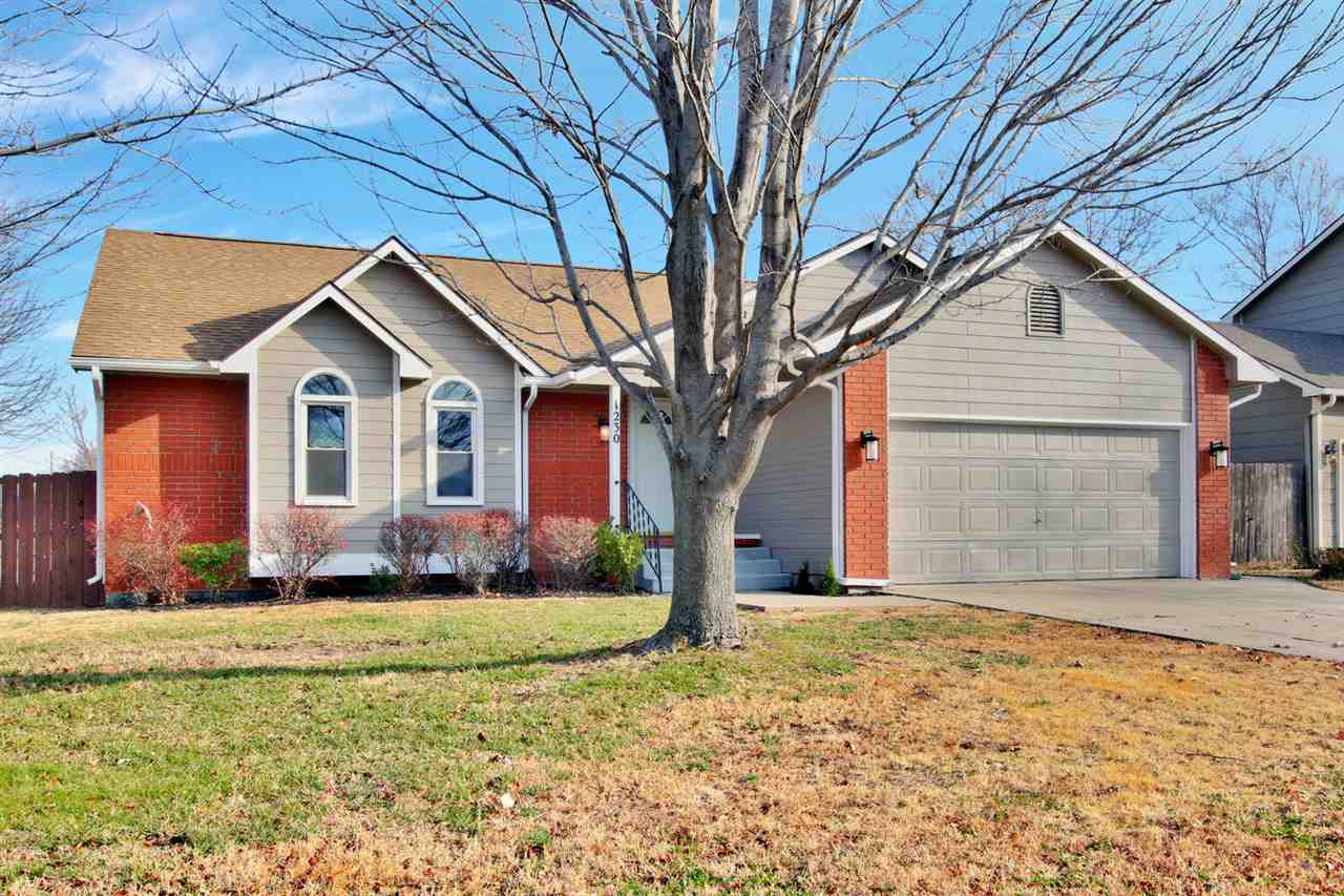 Fantastic updated ranch home in a great east side location.  Updated kitchen with new granite counte