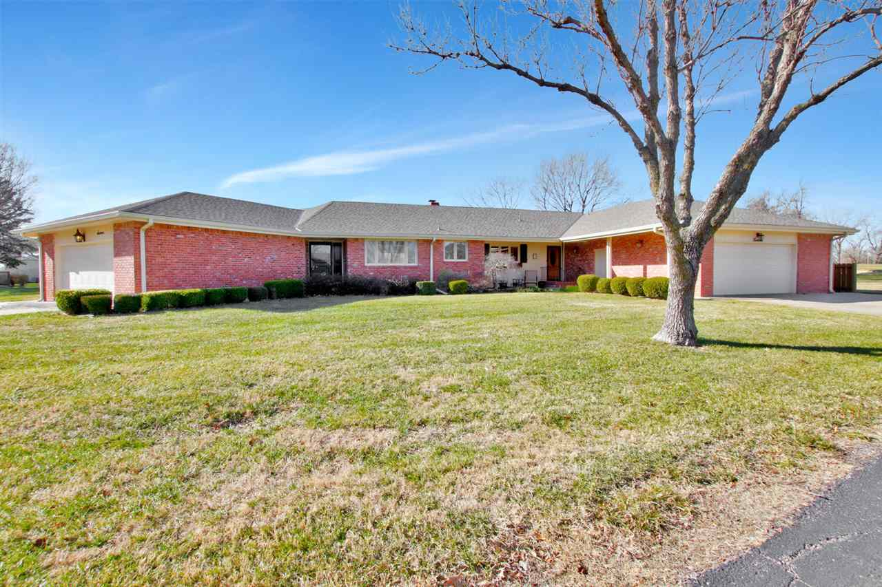 Beautifully updated 2 bedroom 2 bath mostly all brick ranch patio home in the desirable golf course