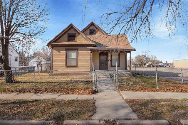 For Sale: 427 N Spruce St, Wichita KS