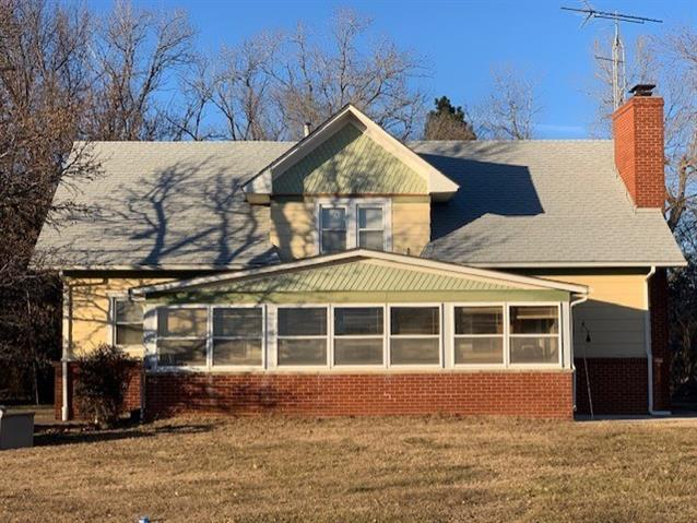 For Sale: 4316 E 9TH AVE, Winfield KS