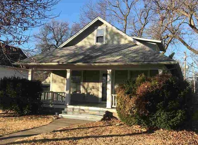 For Sale: 117 S MAIN ST, Hesston KS