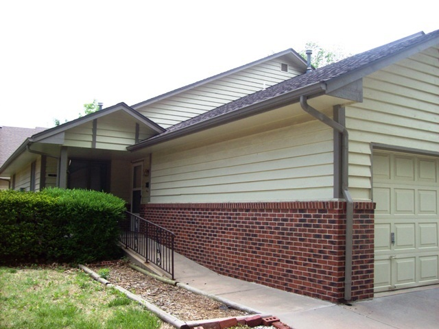 For Sale: 214 W 3rd, Halstead KS