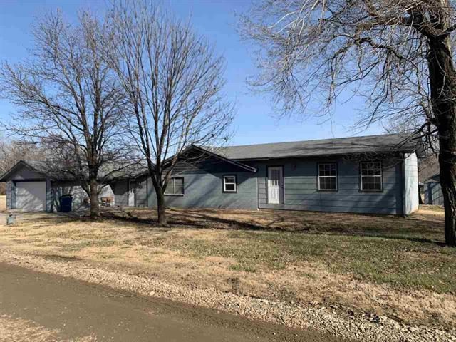 For Sale: 21138  Hoover Ave, Winfield KS