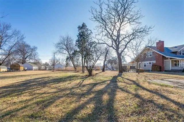 For Sale: 0 E H Ave, Kingman KS