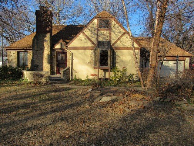 For Sale: 3316 E ELMWOOD DR, Wichita KS