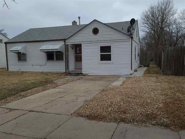 For Sale: 2531 S Washington Ave, Wichita KS