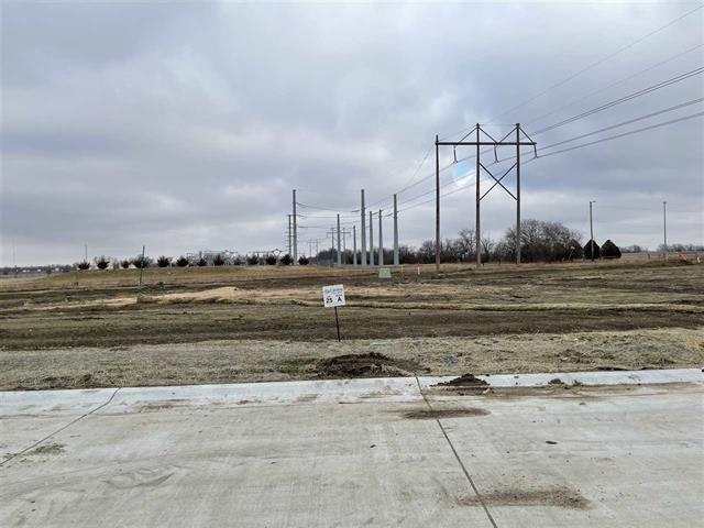 For Sale: 7000 E Pheasant Ridge St, Bel Aire KS