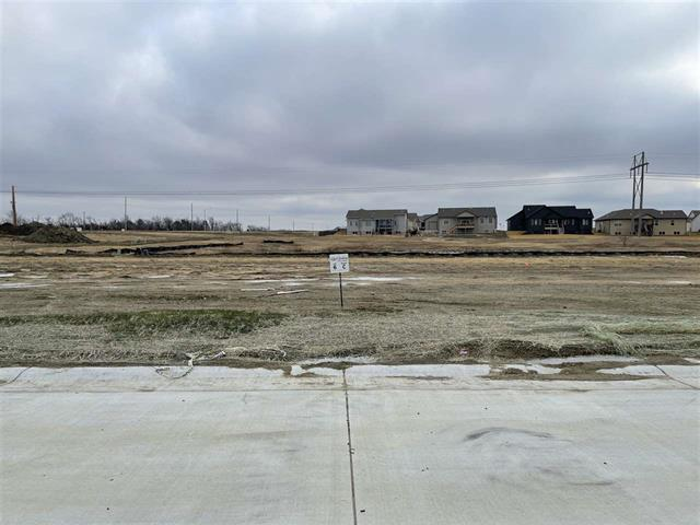 For Sale: 5270 N Hampton St, Bel Aire KS