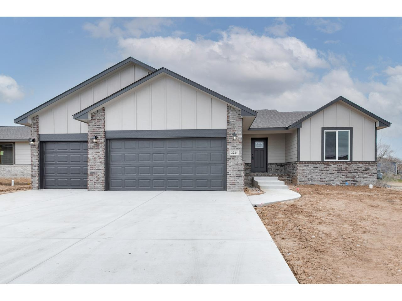 For Sale: 2224 W Country Lakes St, Haysville KS