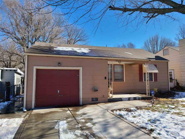 For Sale: 1616 N Cron St., Augusta KS