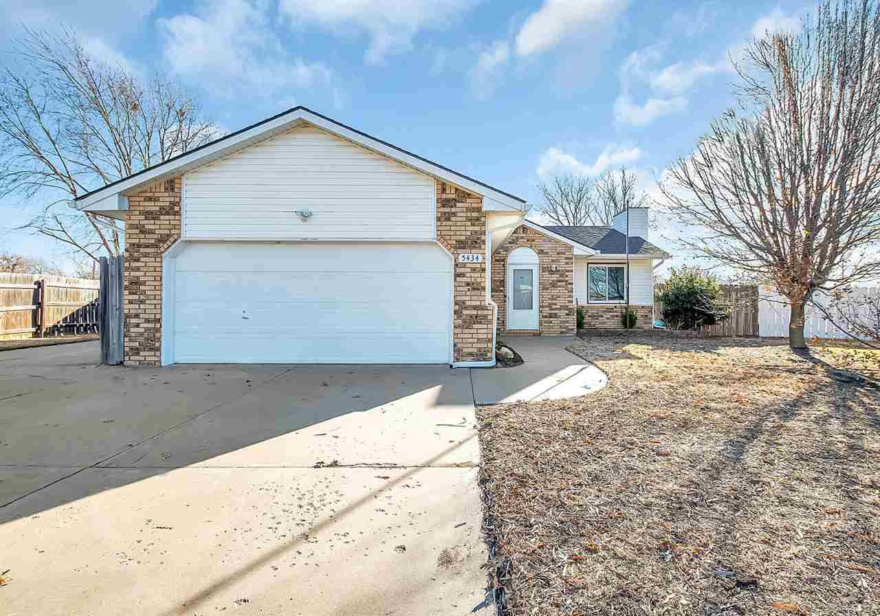 5434 S Market St, Wichita, KS, 67216