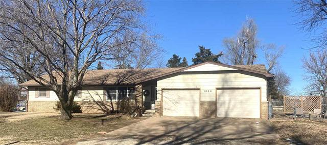 For Sale: 1024 E Twelfth St, Harper KS