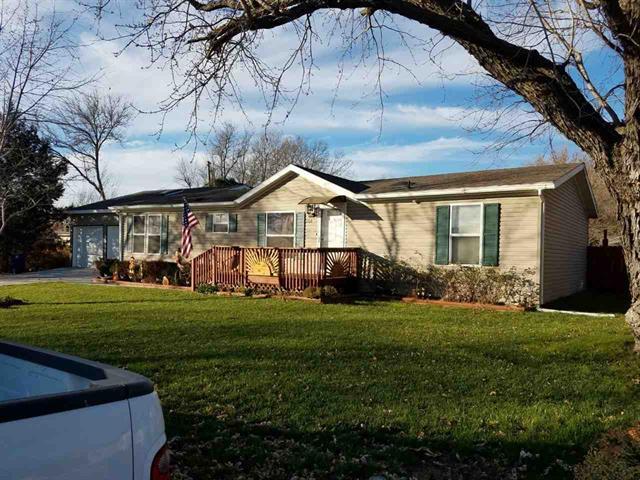 For Sale: 106 SE 13TH, Newton KS