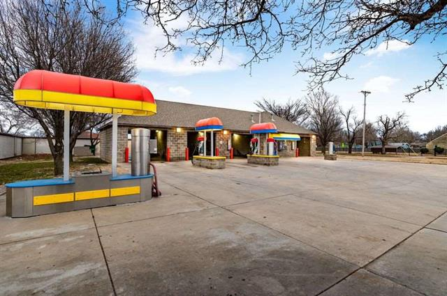 For Sale: 5170 S HYDRAULIC ST, Wichita KS