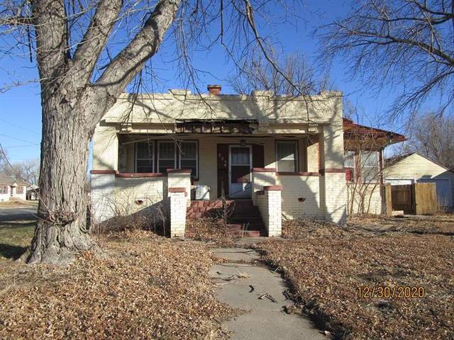 For Sale: 804 S Grand Ave, Lyons KS