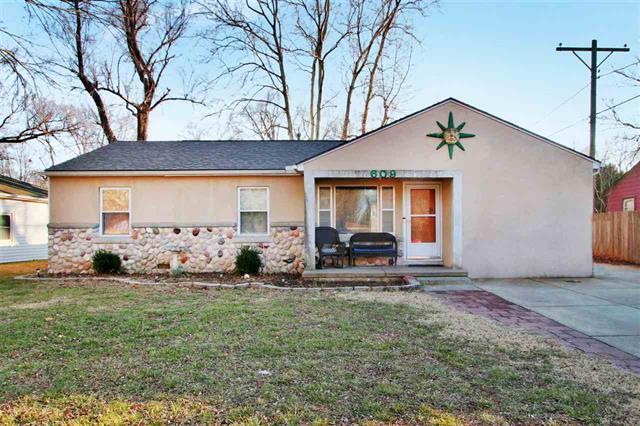 For Sale: 609 W 4th St, Haysville KS