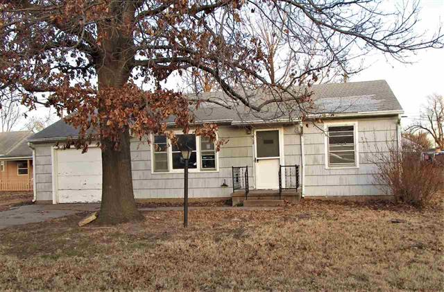 For Sale: 912 N Lincoln, Hutchinson KS