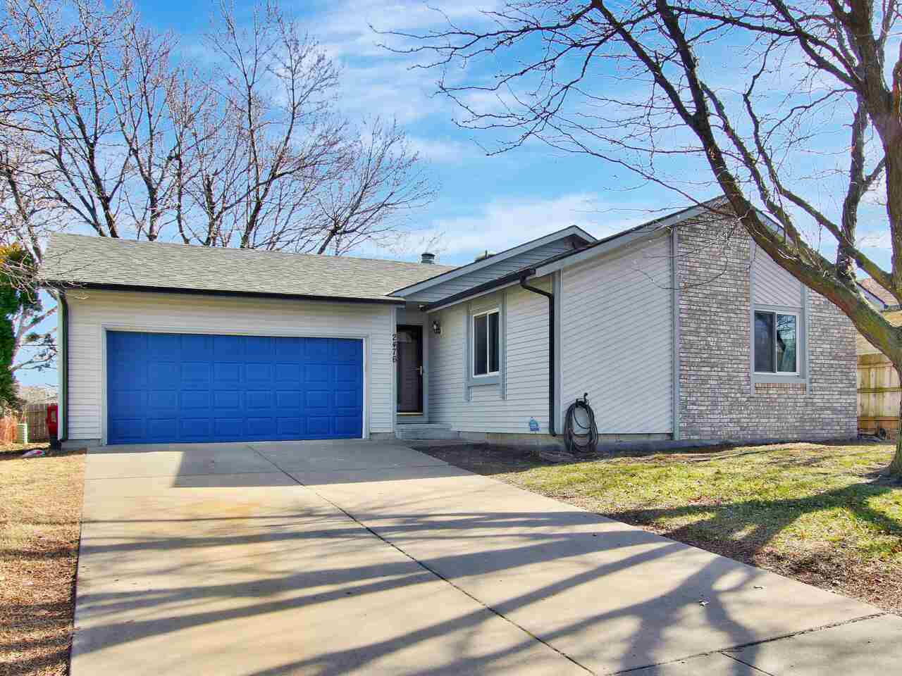 THIS WILL NOT LAST LONG! Tastefully updated home in Wichita, but feeding into Derby Schools! This ge
