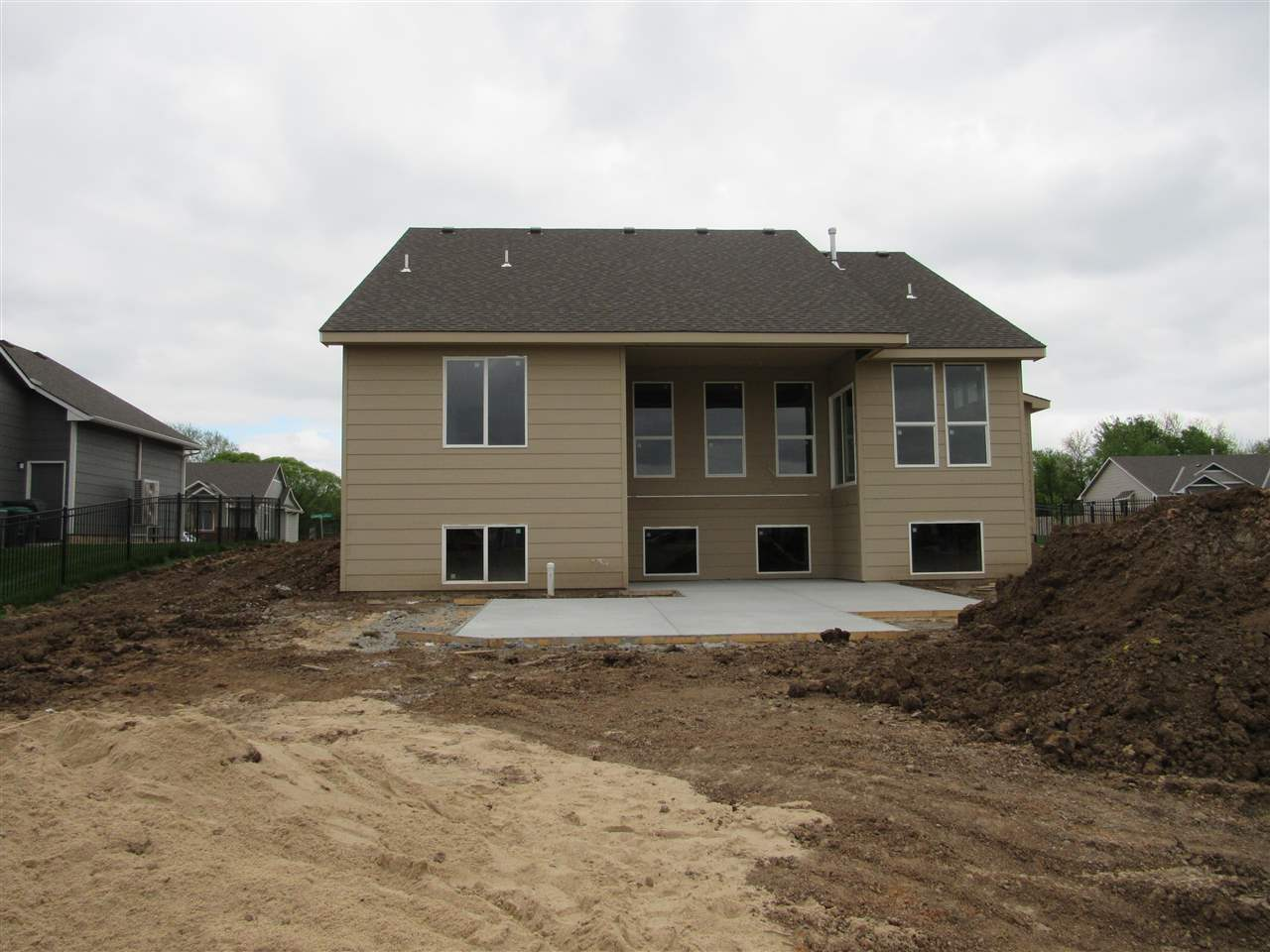 For Sale: 1013 N Liberty Cir, Wichita KS
