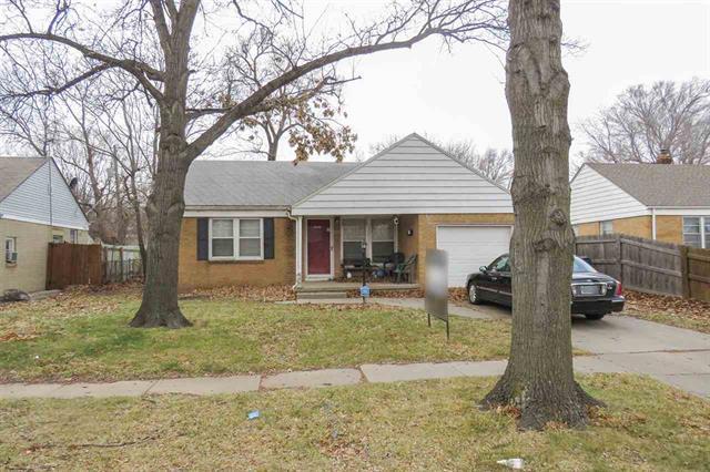 For Sale: 2025 S PINECREST ST, Wichita KS
