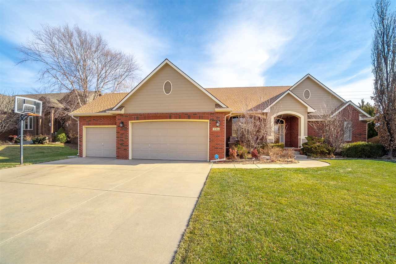 OPEN HOUSE Sunday 1/24 from 2-4pm. Located in the Fox Ridge addition, this gorgeous home not only of