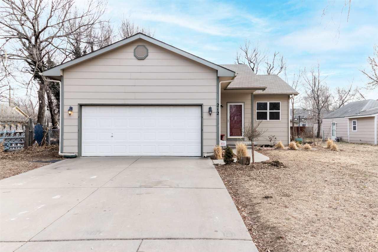 212 N Tracy St, Wichita, KS, 67212