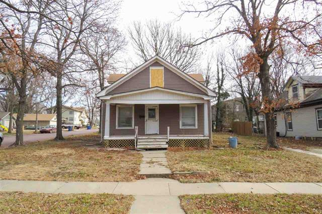 For Sale: 212 N Vine St., Peabody KS