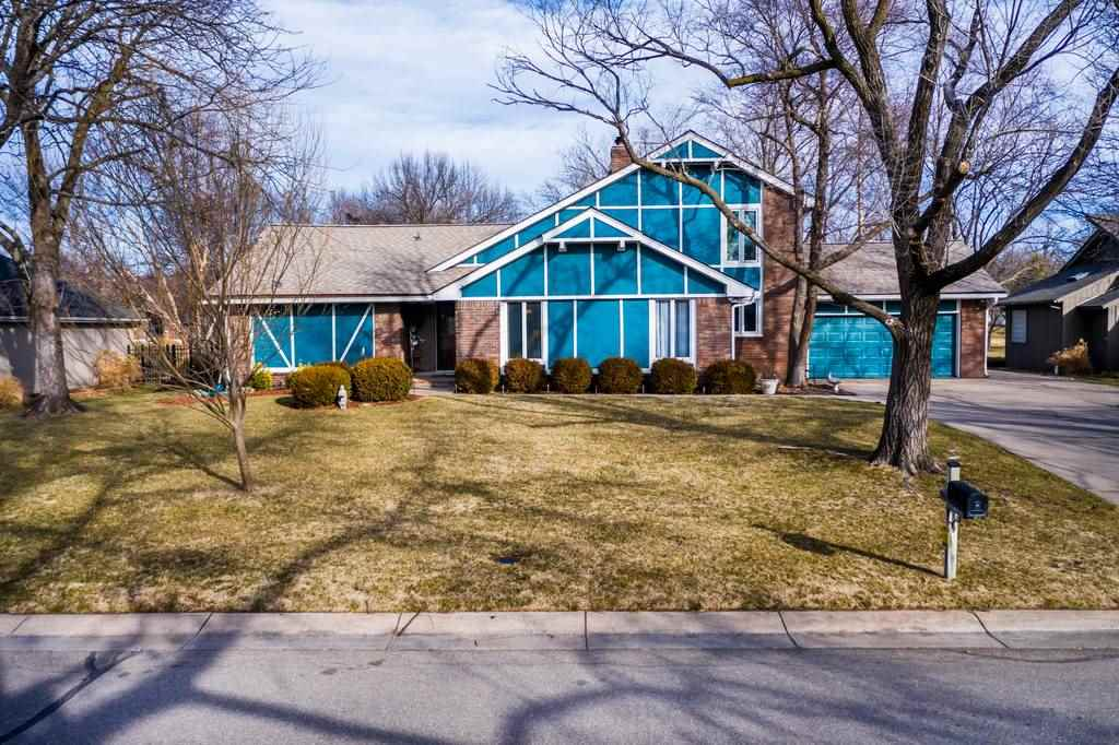 Welcome home to this 3 bed (+1 non-conforming)/4 bath/2 car garage home on a quiet cul-de-sac in the