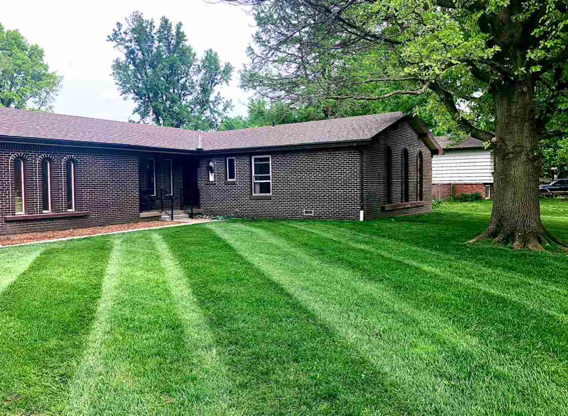 Looking for a country feel while still in the city?  This is the home for you. Located right off of