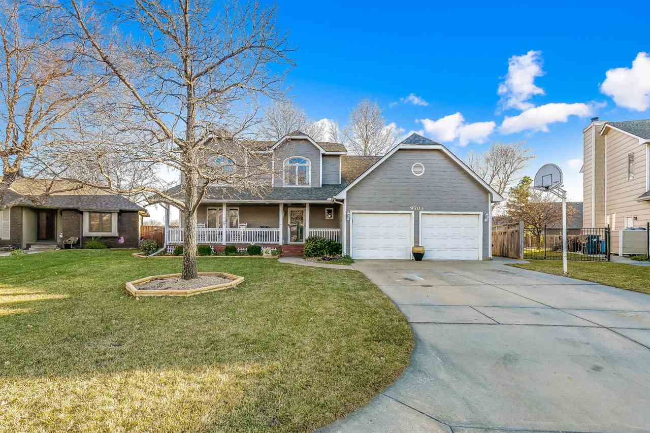 This 2 story home nestled in the Graf-Goldston Addition within the Maize school district holds 5 bed