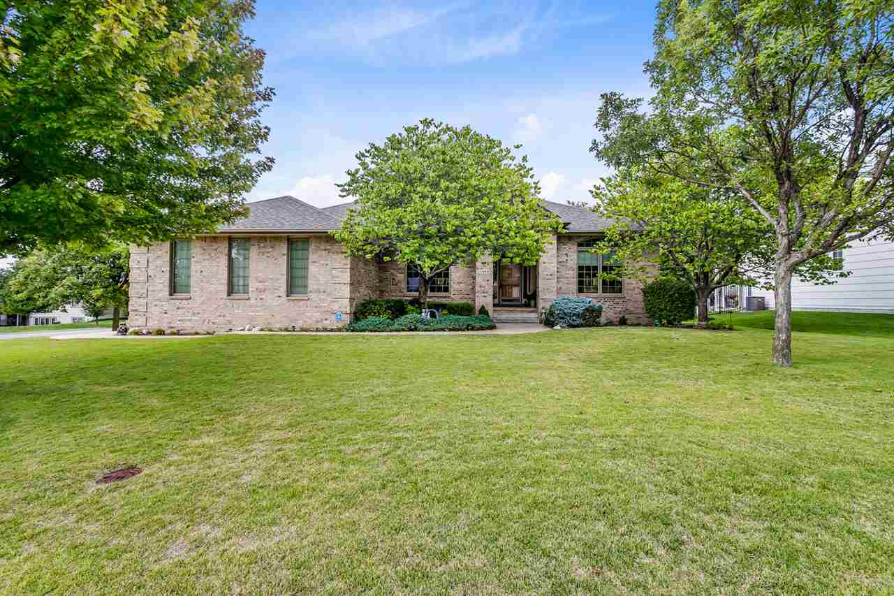 Gorgeous Custom Standrich Ranch, on a Corner Cul-de-Sac Lot, with a side load Garage, in Park Hill.