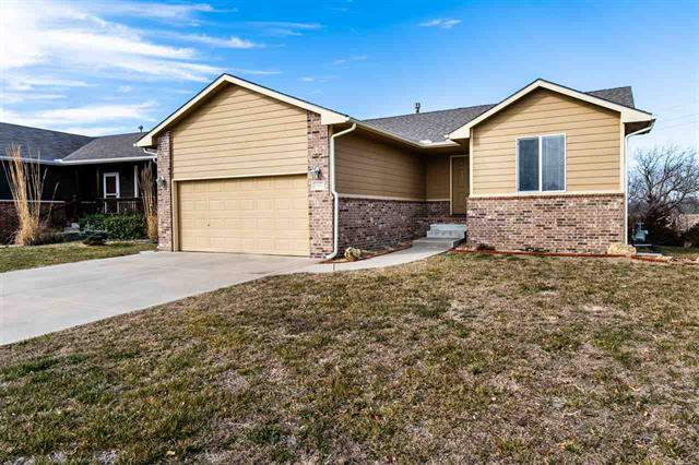 For Sale: 1611 S LYNNRAE ST, Wichita KS