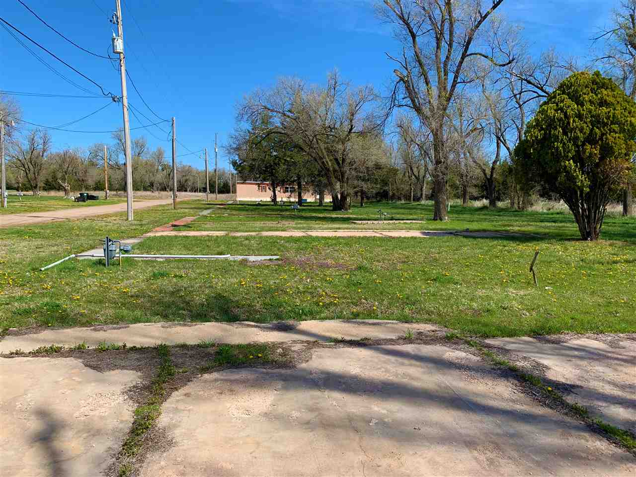 For Sale: 105 N Clark St, Lyons KS
